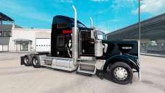Pele Elvira no caminhão Kenworth W900 para American Truck Simulator