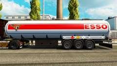 Peles sobre o combustível do semi-reboque