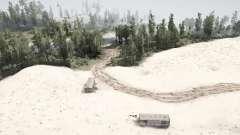 Através do deserto para as montanhas para MudRunner
