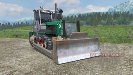 T-150, com uma lâmina para Farming Simulator 2013